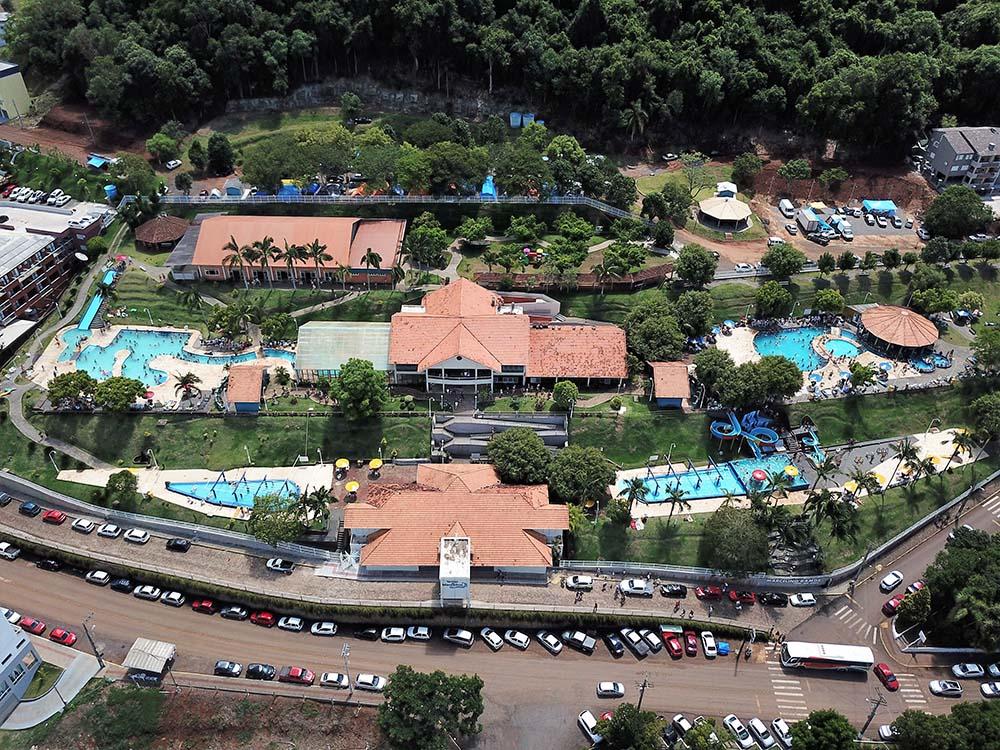 Vista aérea do balneário de águas sulfurosas, em Marcelino Ramos | Fotos: Prefeitura de Marcelino Ramos