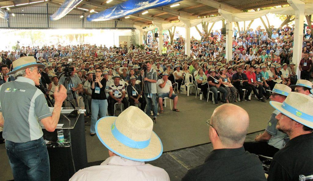 A abertura do 23º CDA reuniu aproximadamente 2,5 mil pessoas | Crédito: Cooperalfa/Imprensa
