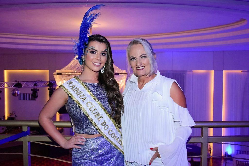 Rainha do Clube do Comércio, Isadora Vendruscolo Zago, e a presidente, Katiamara Badalotti    |   Crédito: Maria Lúcia Smaniotto