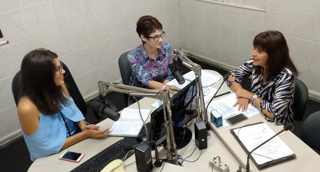 JPapo de Mulher desta segunda, 11/02, recebeu a jornalista Sandra Machado (à direita da foto), para falar sobre o Congresso eXtremaMente | Crédito: Luis Henrique Moretoo