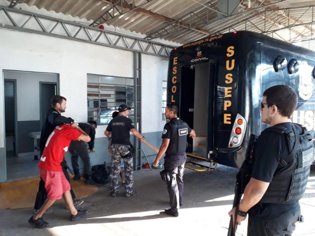 Apenados são transferidos do Presídio Estadual de Erechim | Fotos: Susepe/Imprensa