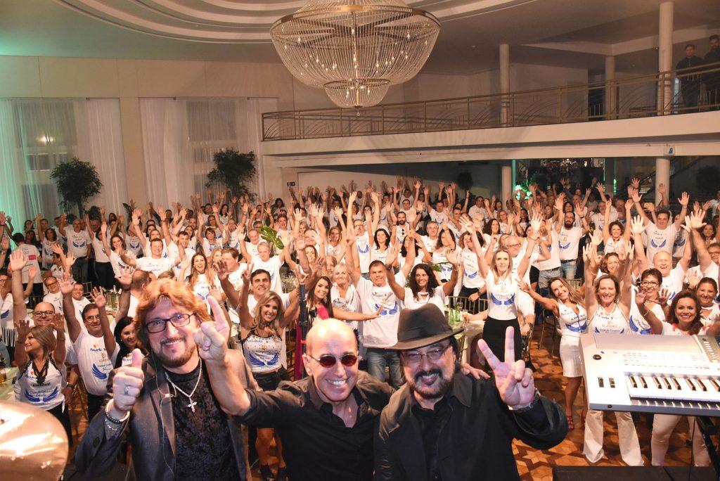 Festa de comemoração dos 84 anos de fundação do Clube do Comércio reuniu grande público  |   Crédito: André Fotos