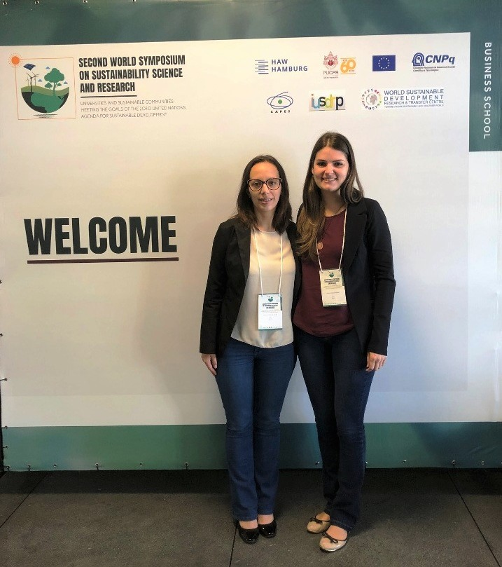 Professoras Vanessa da Rocha e Jessica Andrade no evento em Curitiba   |   Acervo pessoal