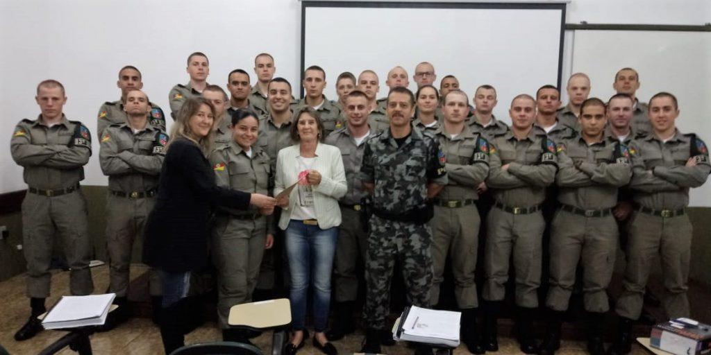 Alunos soldados de Erechim apoiam evento da Obra Santa Marta  |  Foto: PM Erechim/Imprensa