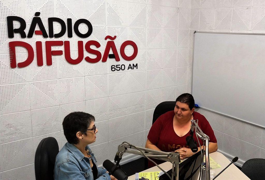 A vereadora Sandra Picoli foi a convidada do Papo com Elas para contar sobre seu projeto de lei para a criação do Programa Parada Segura   Foto: Luis Henrique Moretto