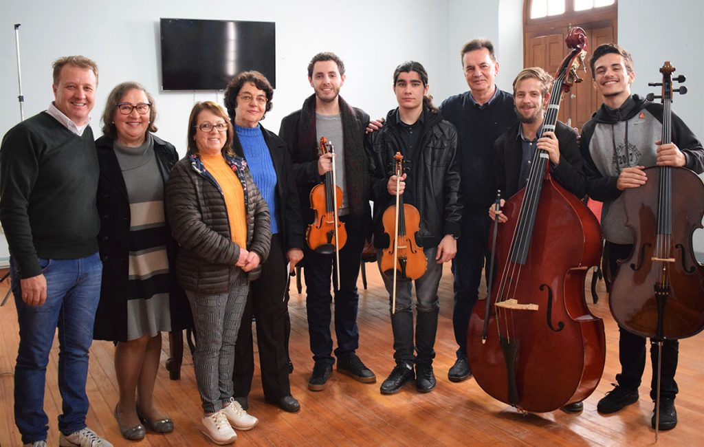 (m) Orquestra de concertos convida prefeito_pub 070619