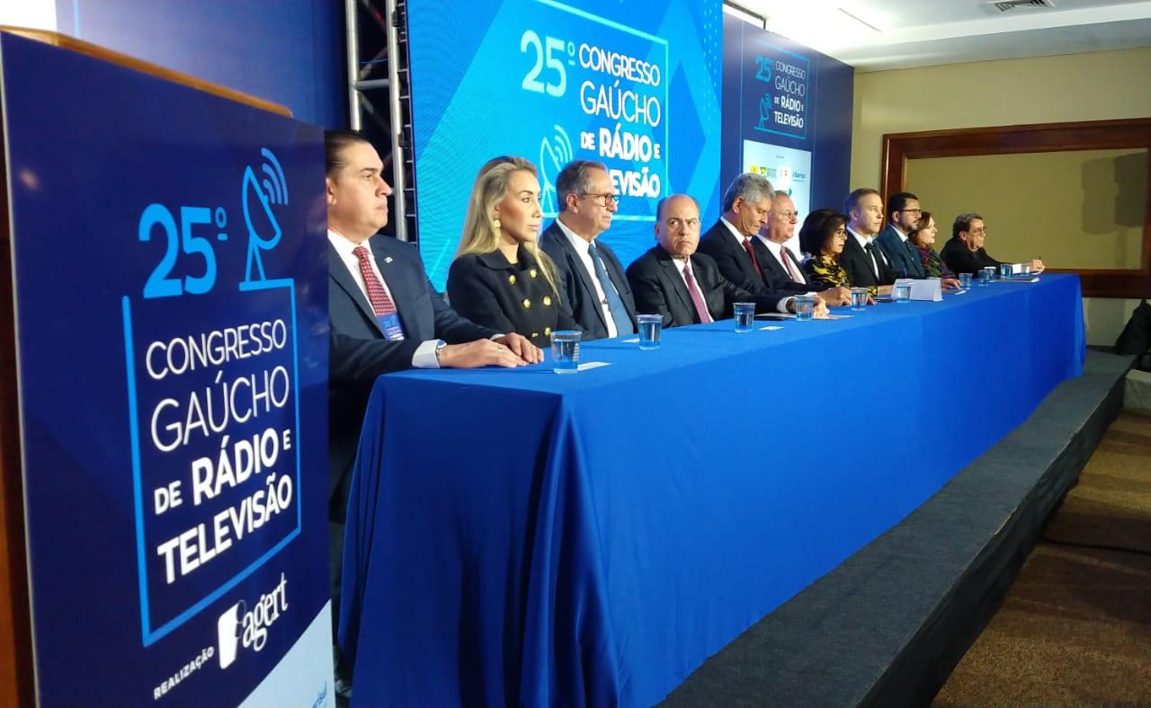 Solenidade de abertura do 25º Congresso Gaúcho de Rádio e Televisão