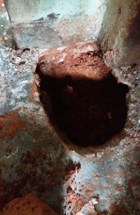 Túnel encontrado tem 1,5 m de profundidade e 80 cm de diâmetro | Fotos: Susepe