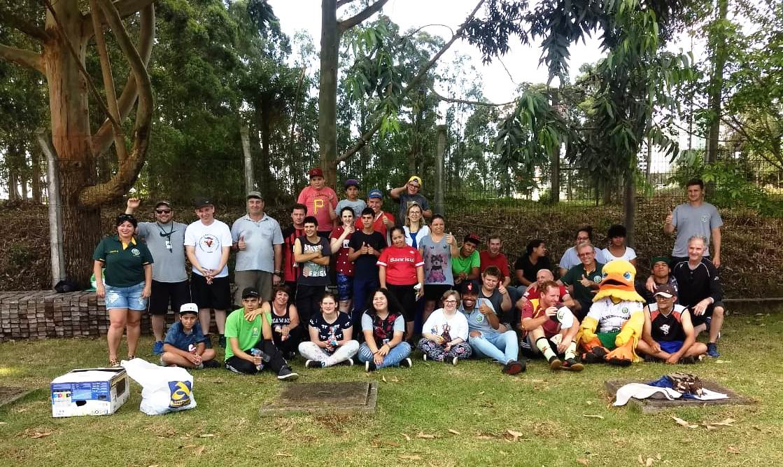Representantes do Canarinho visitaram a APAE Erechim   |   Foto: YFC/Imprensa