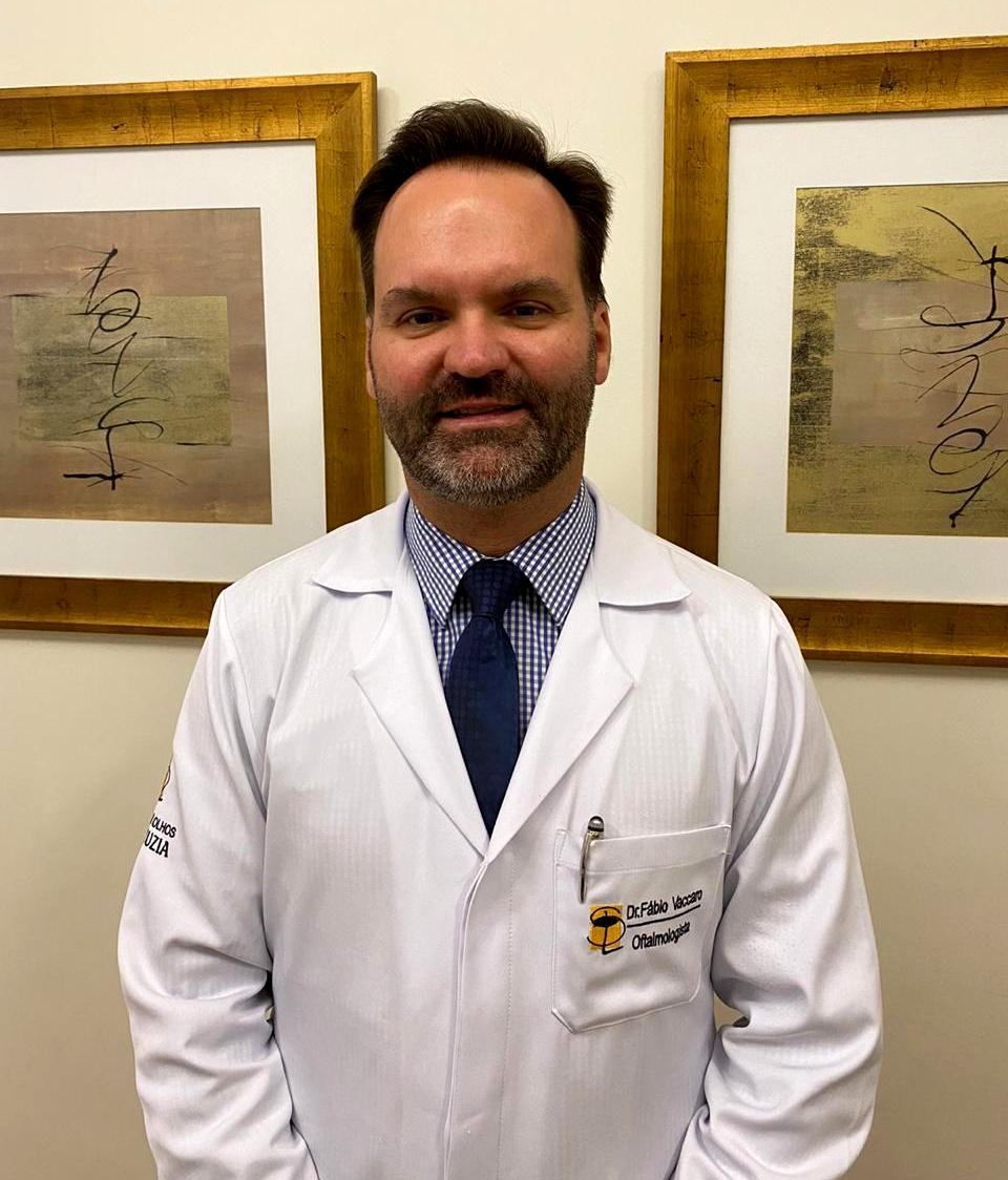 Oftalmologista Fábio Vaccaro, fundador e diretor do IOSL