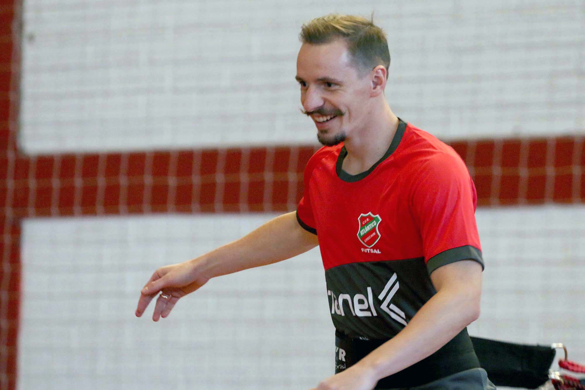 Ala Selbach retorna ao Atlântico | Foto: Atlântico Futsal/Imprensa